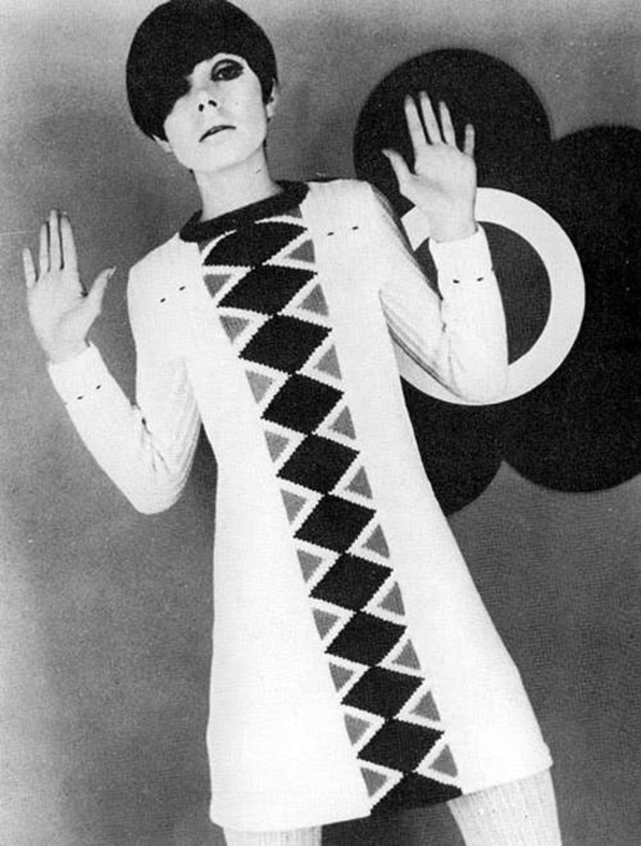 Quant dressed  by Quant. This is a photo of Mary Quant in one of her own designs.