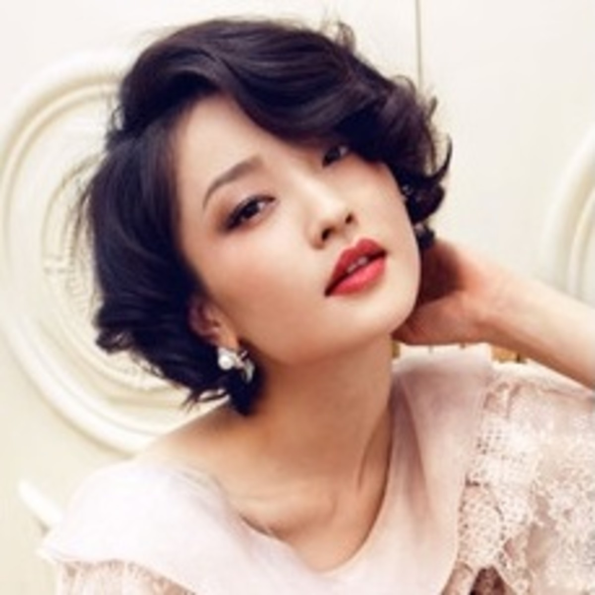 Short and curly hair for Chinese, Japanese, Korean, and Thai women.