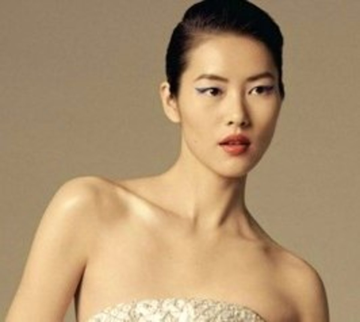 Slicked back short hair can still be feminine. The 10 Best Summer Hairstyles for Asian Women
