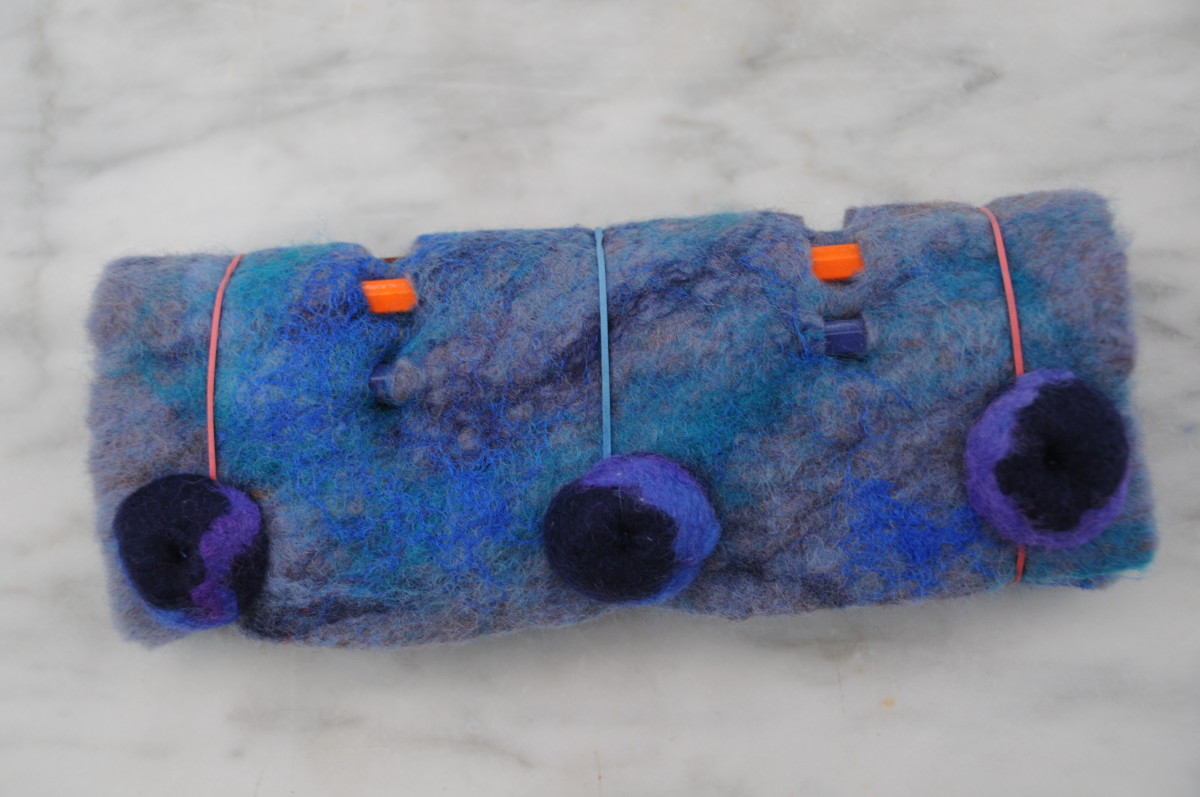 The completed pencil pouch