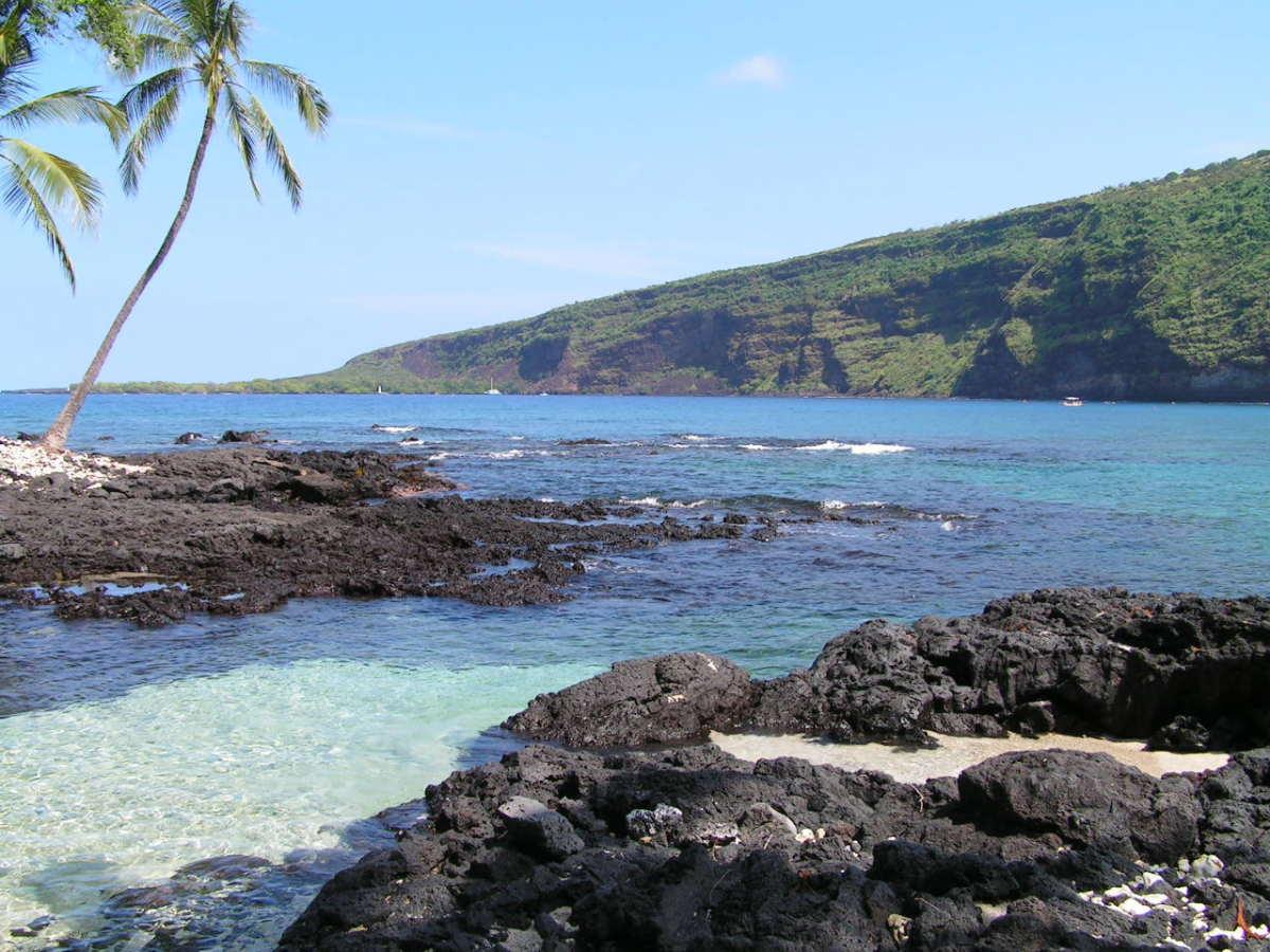 Volcanic rocks on Kealakekua Bay, where Captain Cook met his sad fate