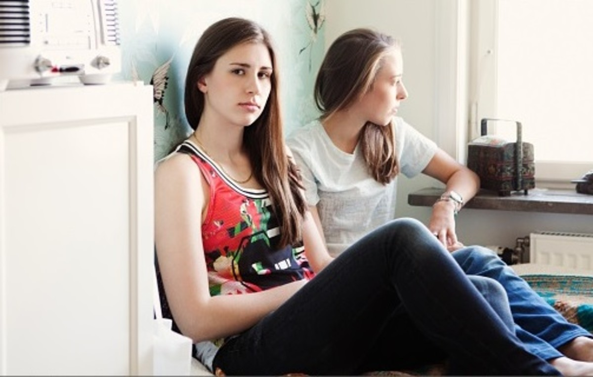 Mend or End? How to Deal with a Manipulative Friend | HubPages