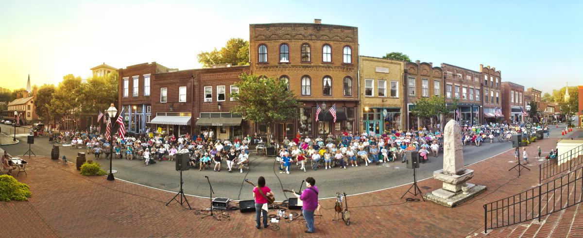 """Tennessee's Oldest Town,"" Jonesborough"