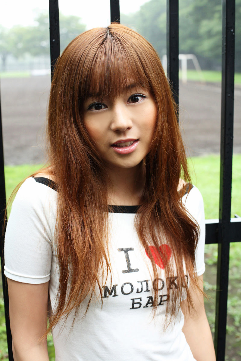 jun-natsukawa-japanese-supermodel-that-created-controversy-because-of-her-age
