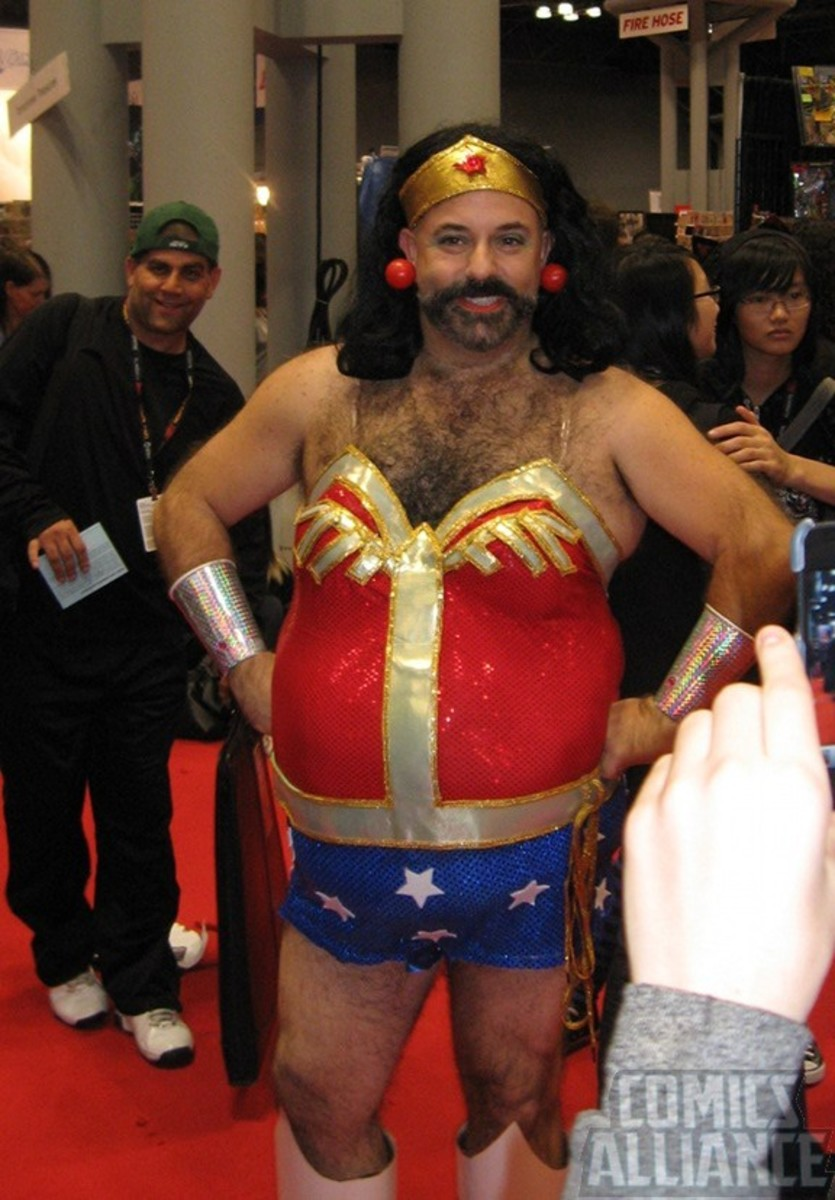 Here's an interesting looking Wonder Woman at comic-con