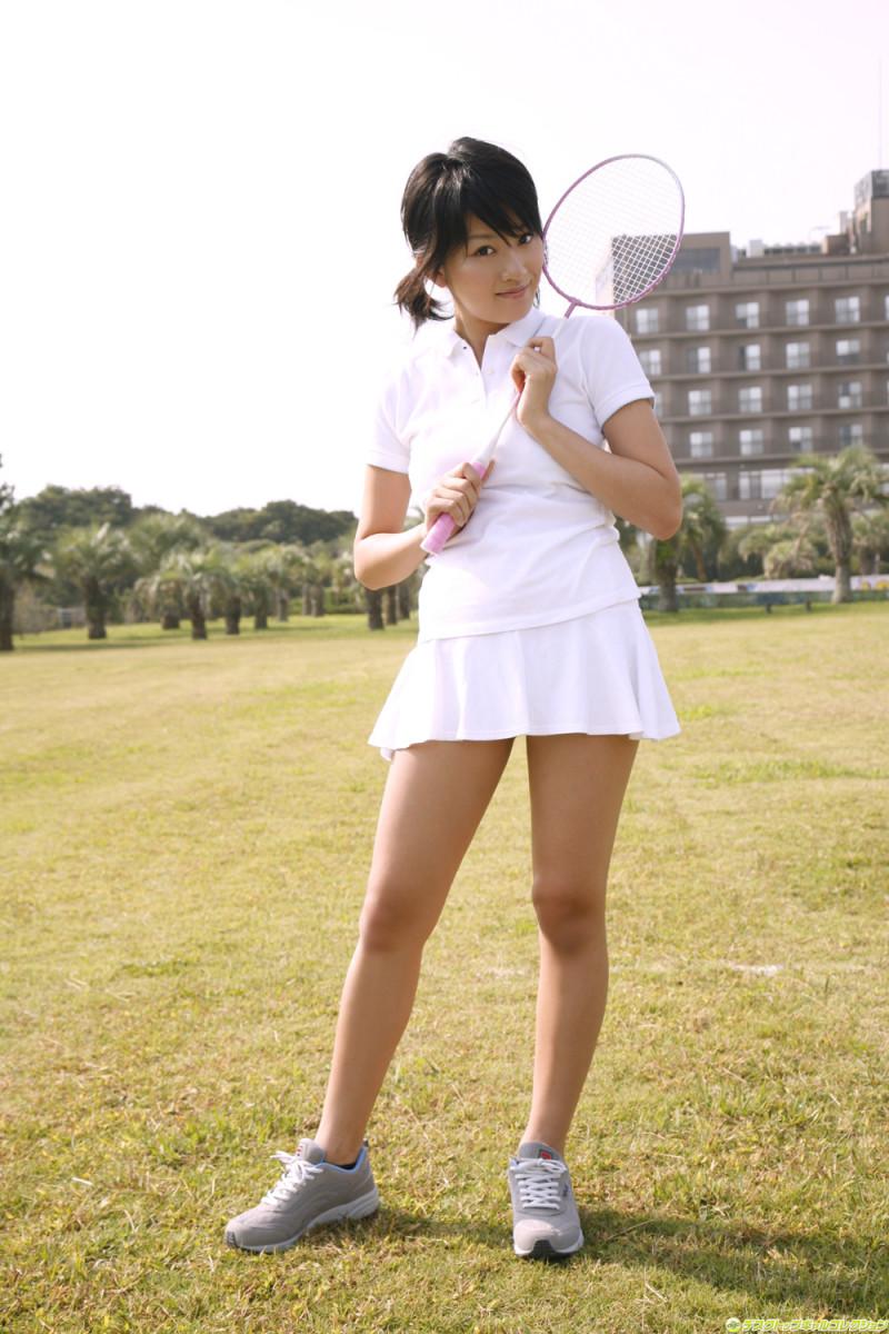 Asami Tada is ready to play tennis?