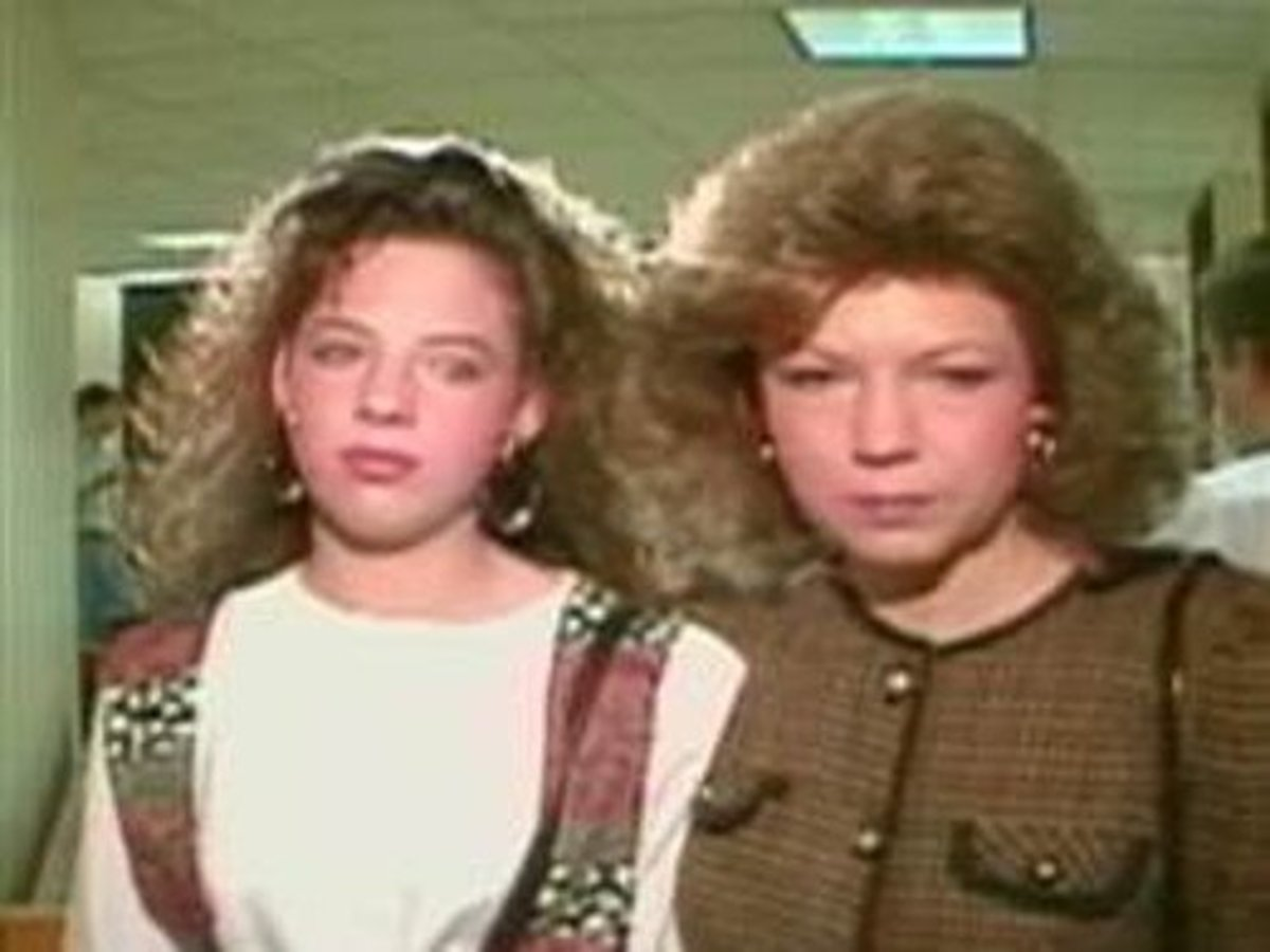 Amber Heath with her mother, Verna following the trial of Wanda Holloway