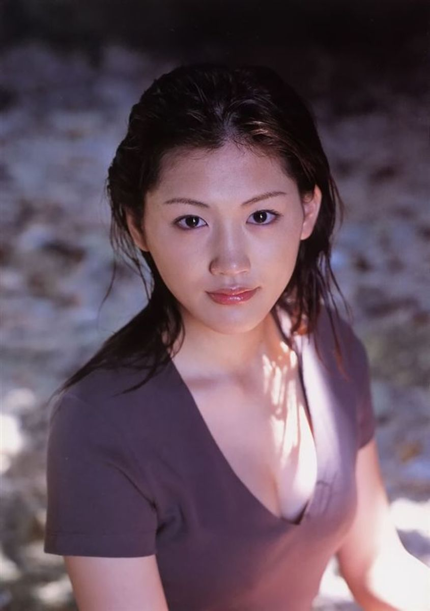 Haruka Ayase, Beautiful Actress, Supermodel, and Singer That is one of the Most Searched Celebrities in Japan