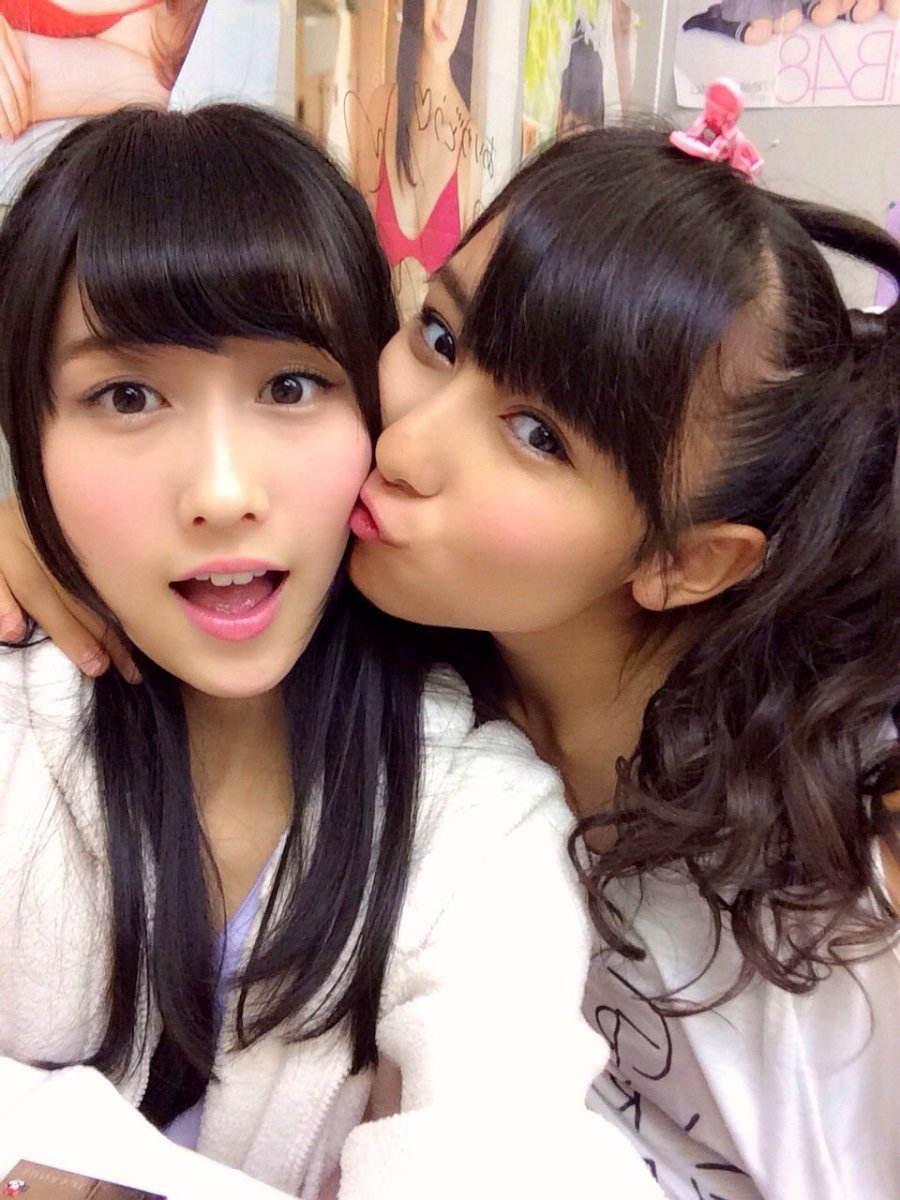 Fuuko Yagura is being kissed by Yogi Keira. How cute!