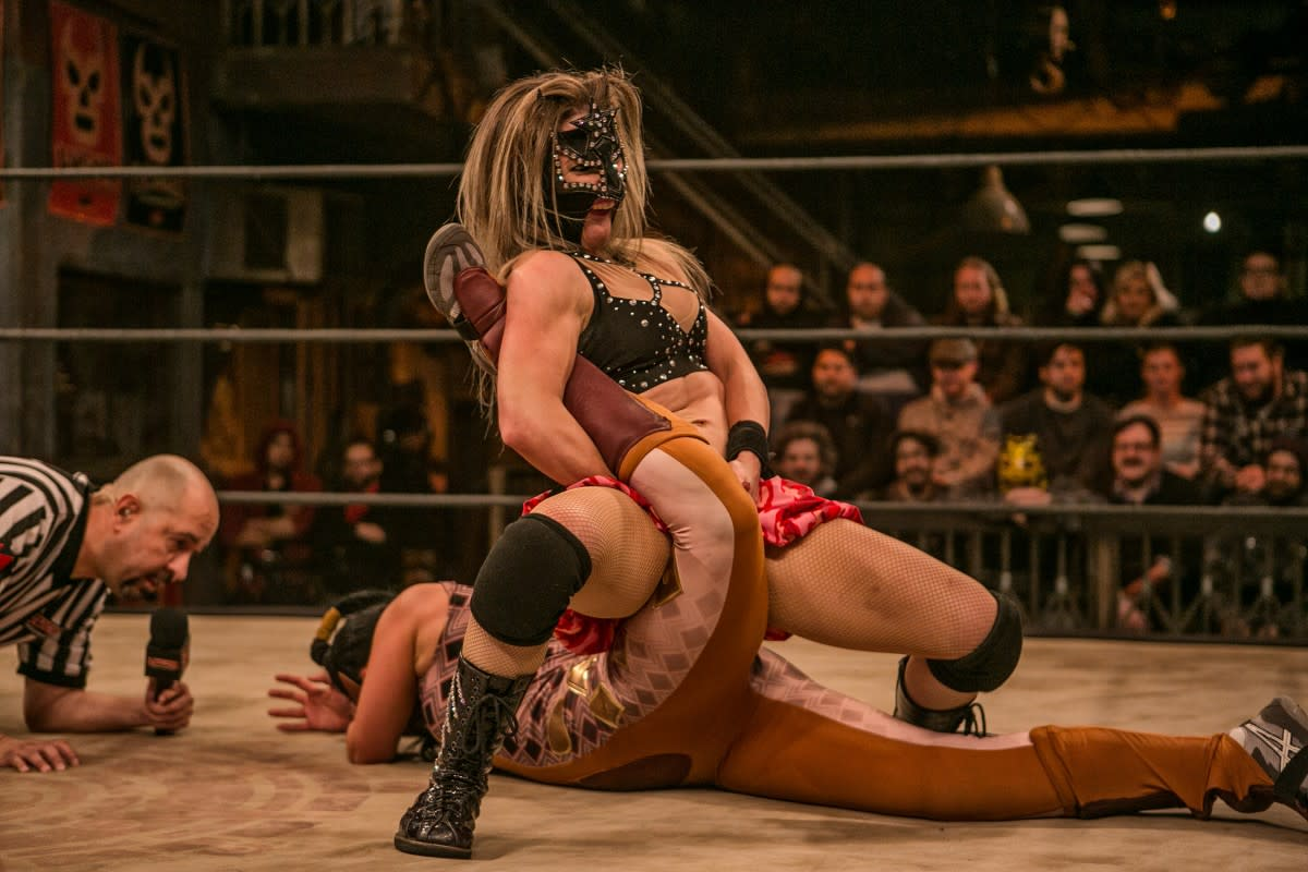 201 Non WWE Matches to See Before You Die #9: Sexy Star vs. Mariposa (No Mas Match)
