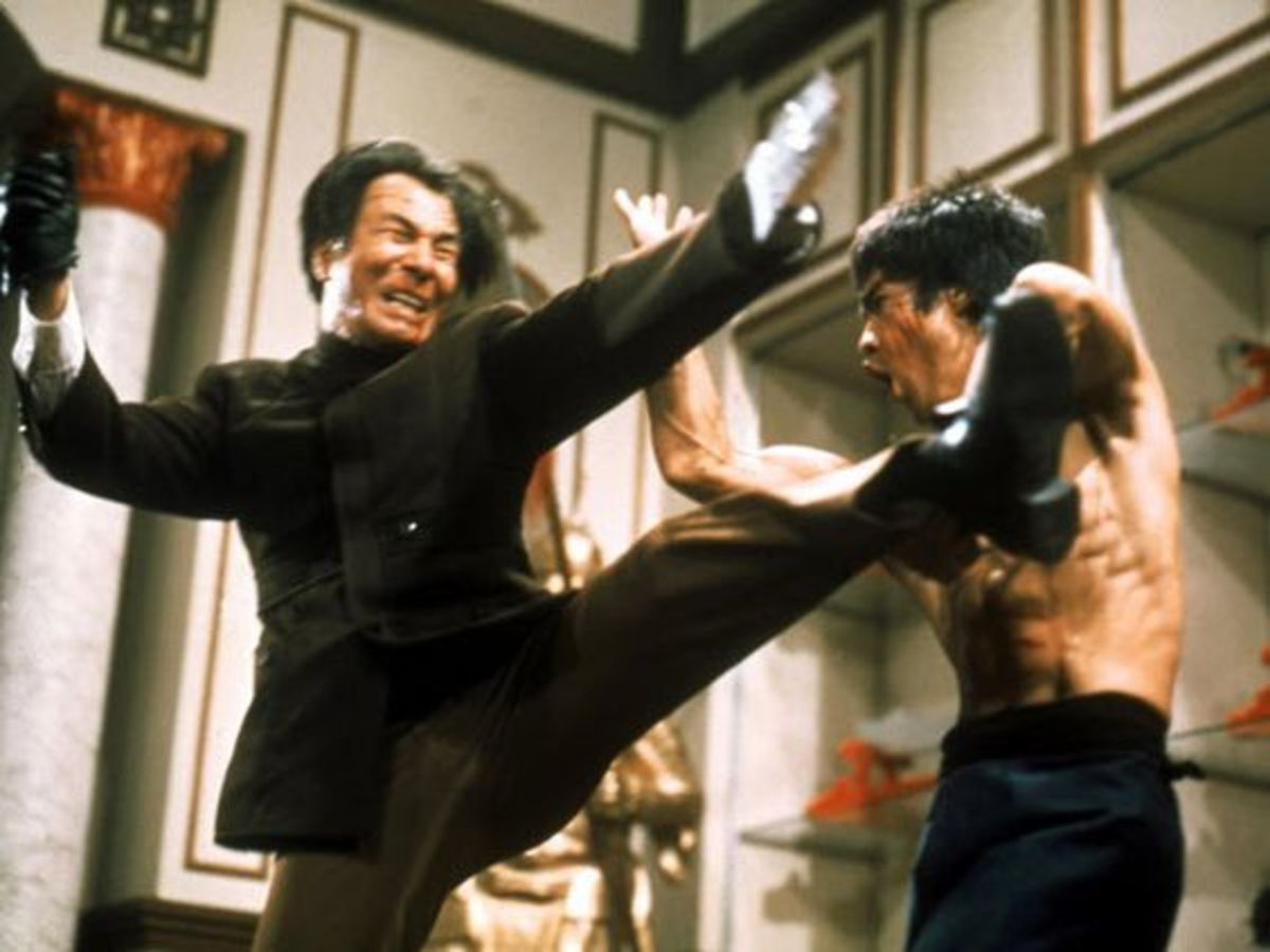 A still from Enter the Dragon
