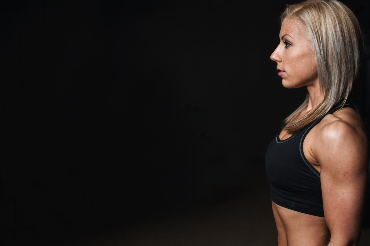 This woman has gone through intense physical training to be physically healthy and reduce stress.