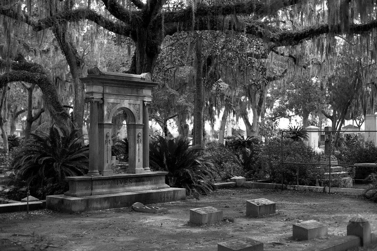 haunted-cemeteries-in-georgia