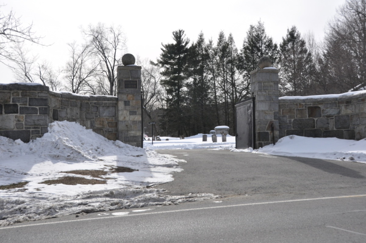 haunted-cemeteries-in-massachusetts-part-two