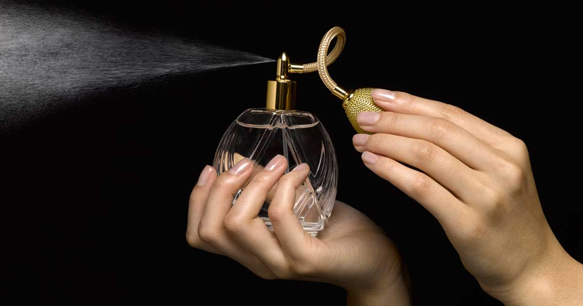 Avoid wearing strong perfumes.
