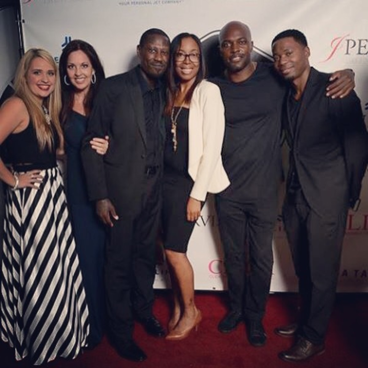 (L to R) Jayme Pervis, Joy Pervis, Christopher Young, LaQuanda Plantt (of  ElleQ Casting), Mel Chude, one the actors on the J Pervis talent roster who was a featured actor in 'Magic Mike XXL'  and a new show coming to TV called 'Shots Fired', and Tay
