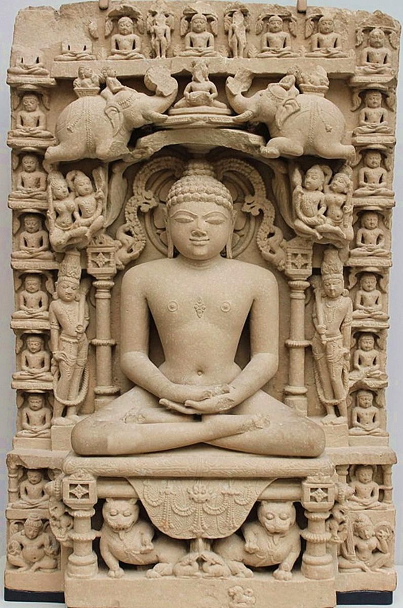 A medieval period idol of Bhagwan Mahaveer