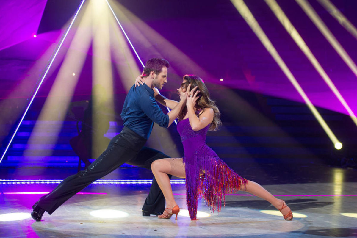 Laetitia Milot and Christian Millette in Danse avec les Stars. November 16,  2013