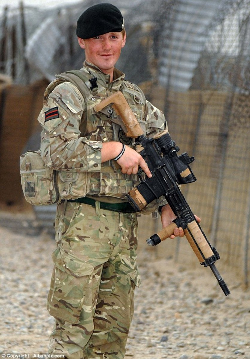 Serviceman, C Company, 3rd Battalion The Rifles will have undergone extensive weapons handling and he will need to be fit to carry this rifle - although it's not as heavy as the Bren gun my Dad carried in WWII as a 'sapper' with the Royal Engineers