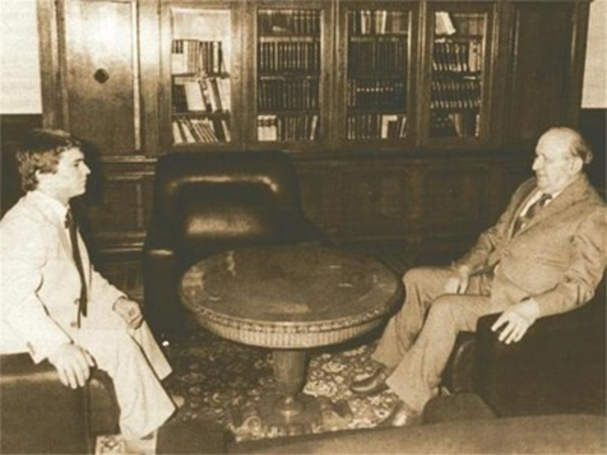 Naim Suleymanoglu with the Bulgarian communist leader Todor Zhivkov