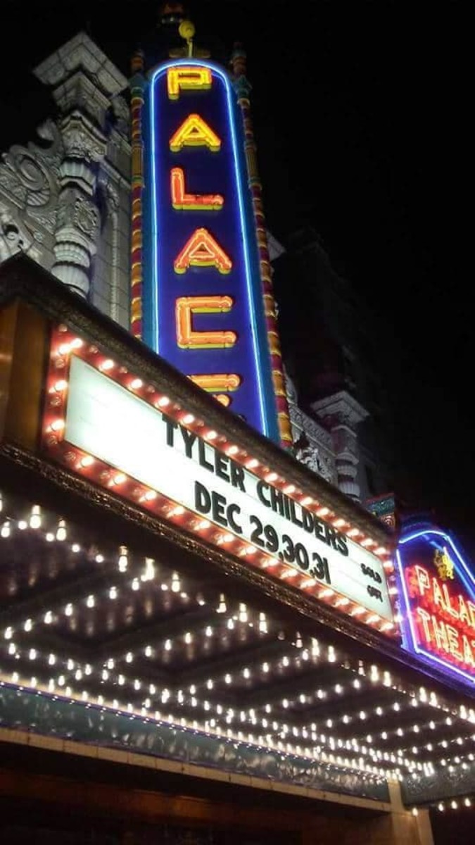 Tyler Childers Live At The Louisville Palace
