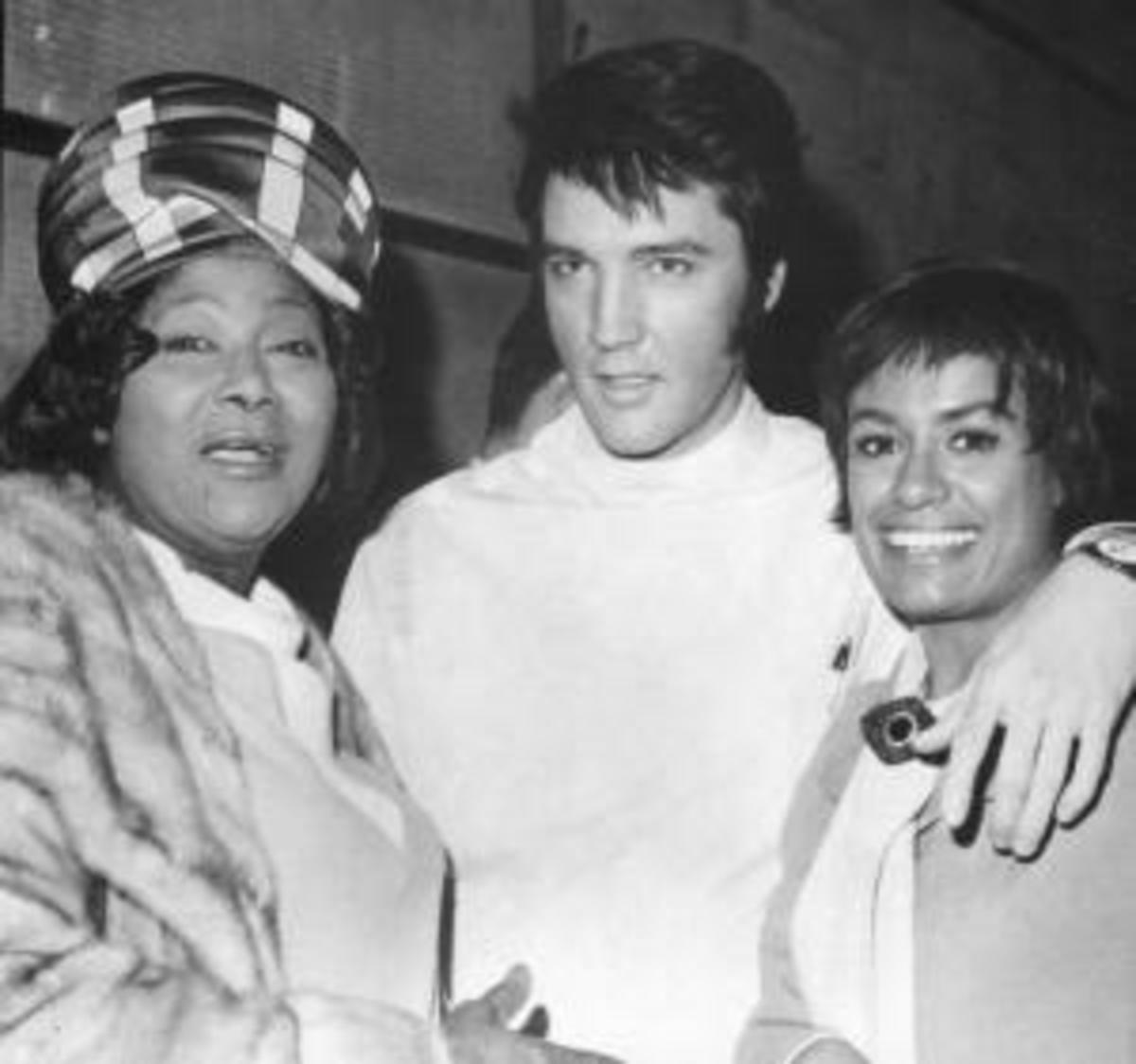 a chat with Elvis