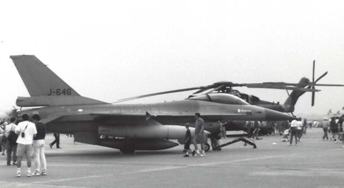 An F-16 on display.