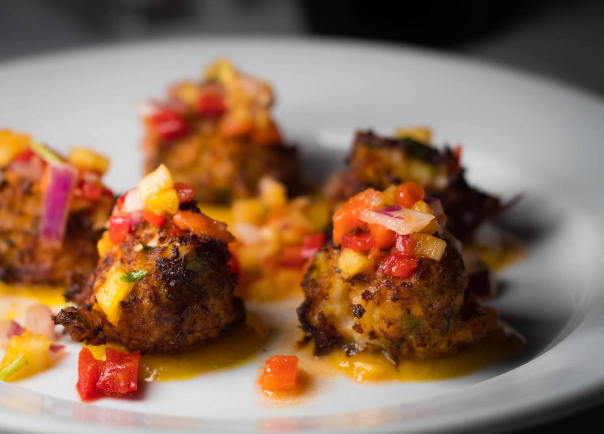 tropical-conch-fritter-made-easy