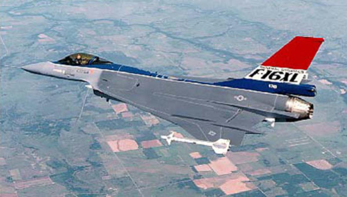 The F-16XL in flight