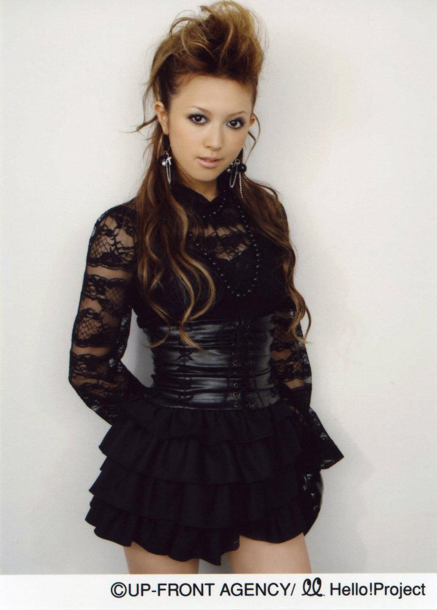 yui-okada-beautiful-singer-from-osaka-japan-who-is-now-a-supermodel