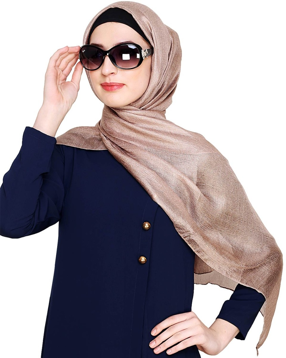 9 Modish Hijab Styles for Young Professionals