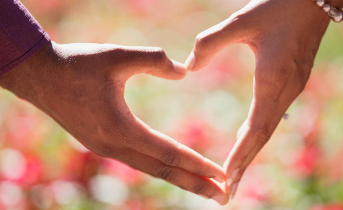 20 Loving Inspirational Relationship Quotes to Share