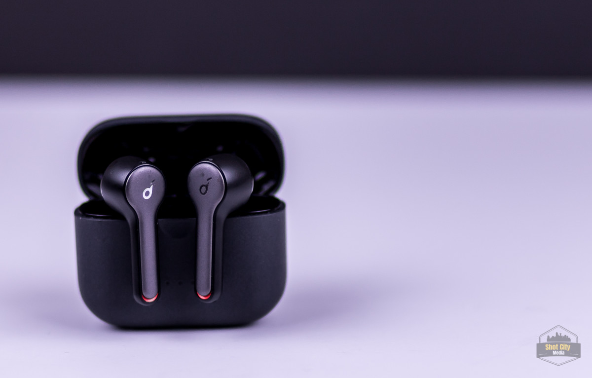 Budget Airpods Alternative: Anker Soundcore Liberty Air 2 Review