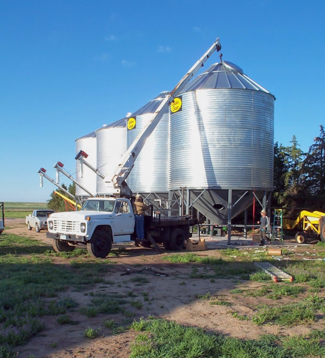 How to Build a Grain Bin with a Hopper--Lifting and Securing Bin to Hopper: An Illustrated Guide