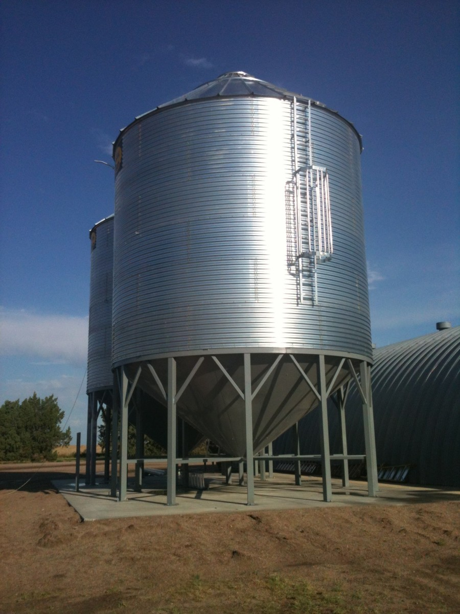 Building a Grain Bin--Anchoring and Sealing Bin (With Optional Hopper)
