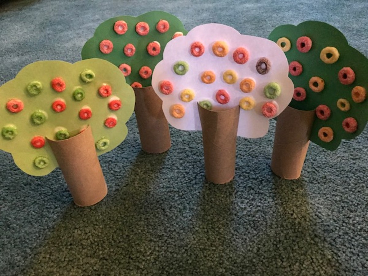 Fruit Loops and Toilet Paper Roll Apple Craft