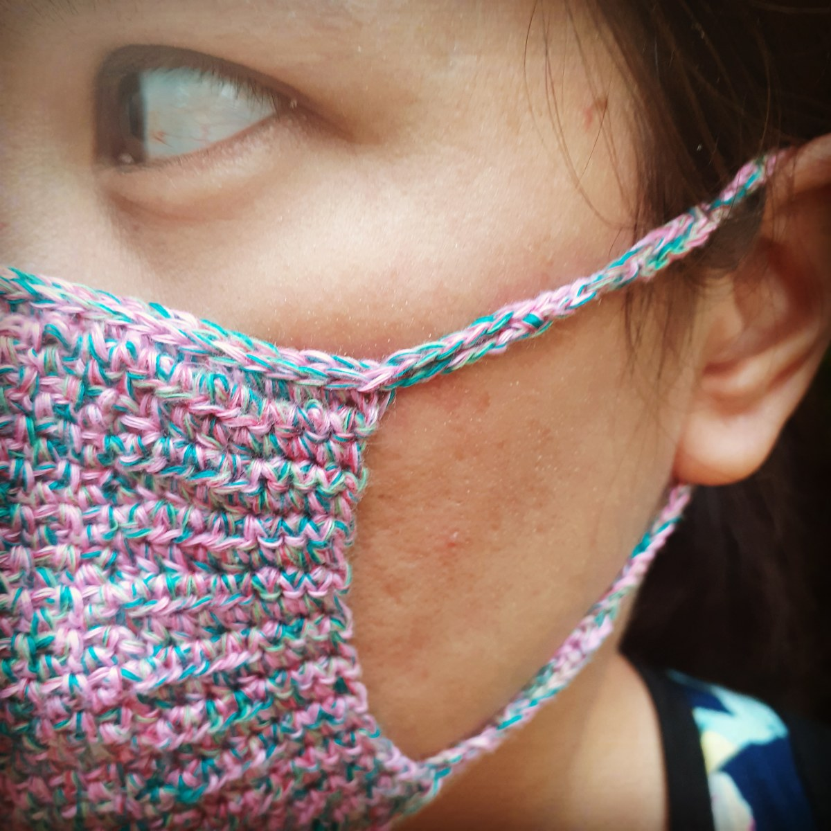 crochet-moss-face-mask