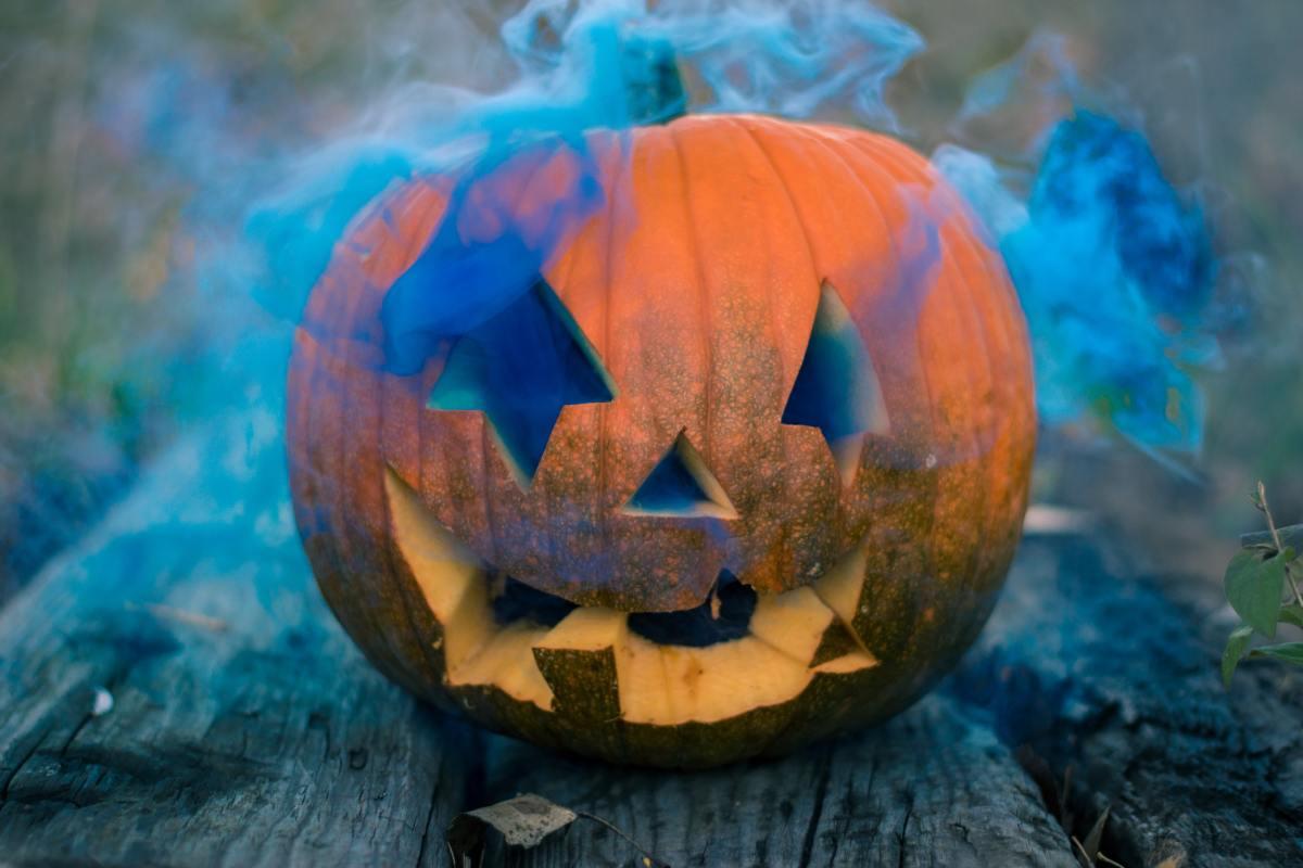 the-top-ten-halloween-novelty-songs