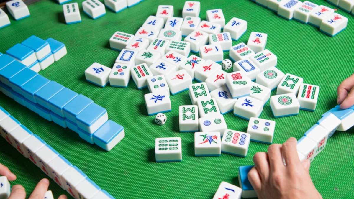 The Simple Rules of Chinese Mahjong