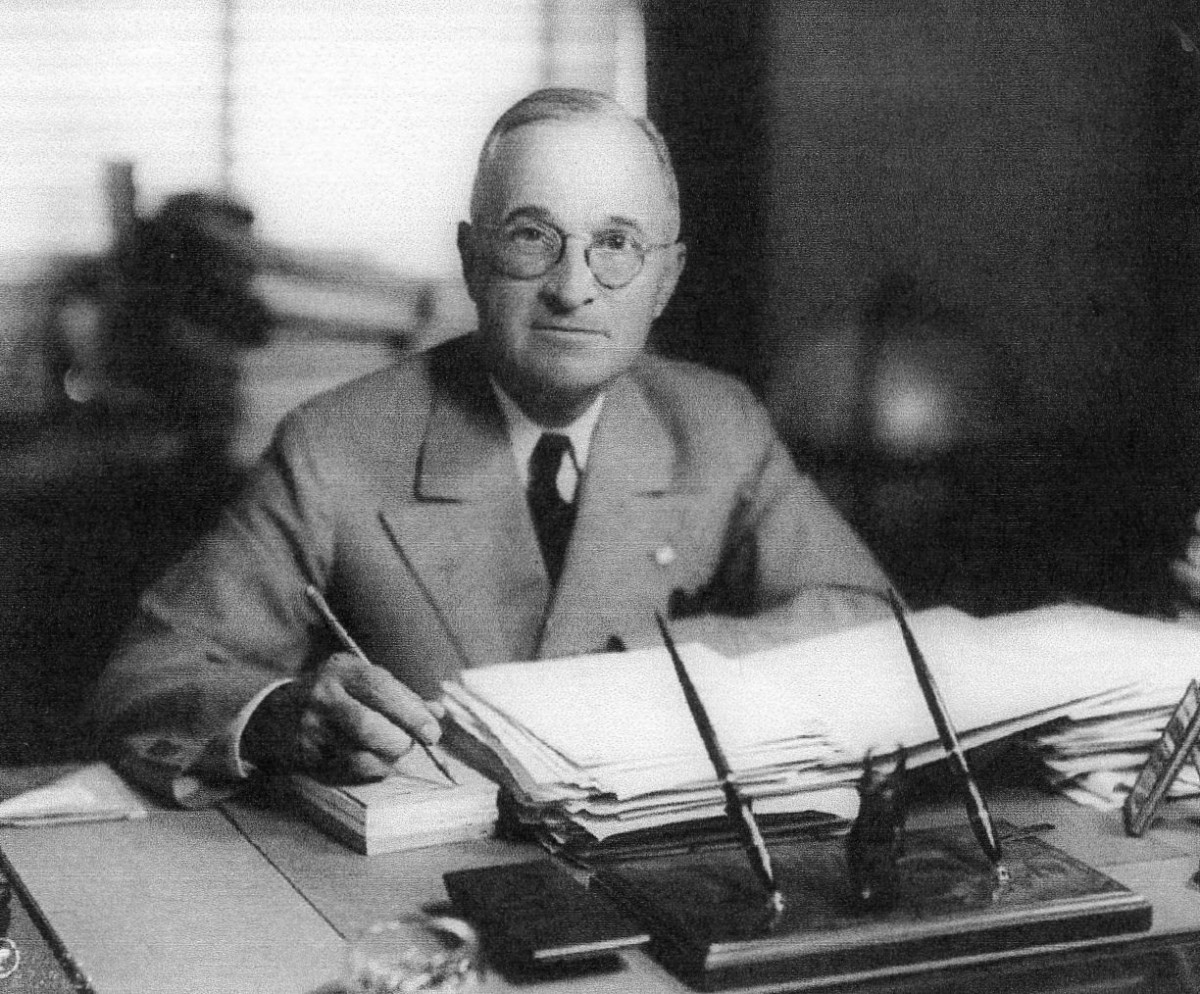 Harry S. Truman,Democrat, the thirty-third president, inherited $258,286,383,108 in public debt.