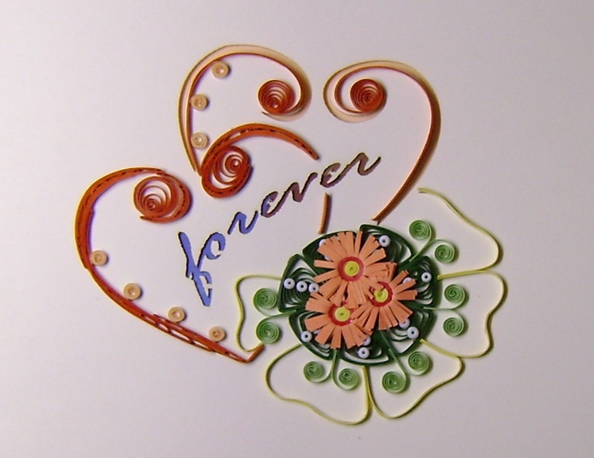 Beautiful, delicate quilling piece. Photo by Vietnet Quilling.