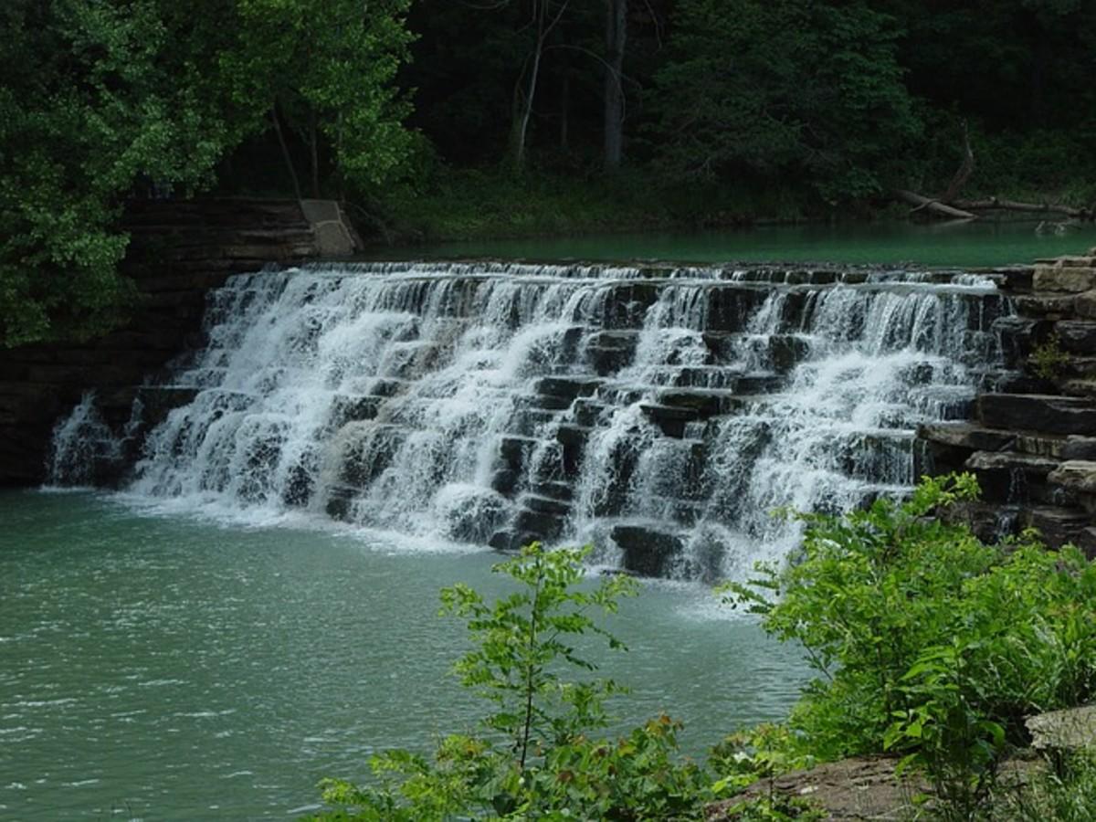 Arkansas Devil's Den State Park Waterfall
