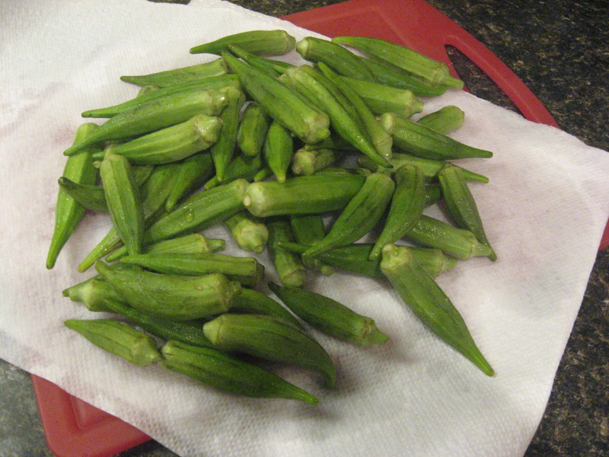 Rinse okra and drain on paper towels.