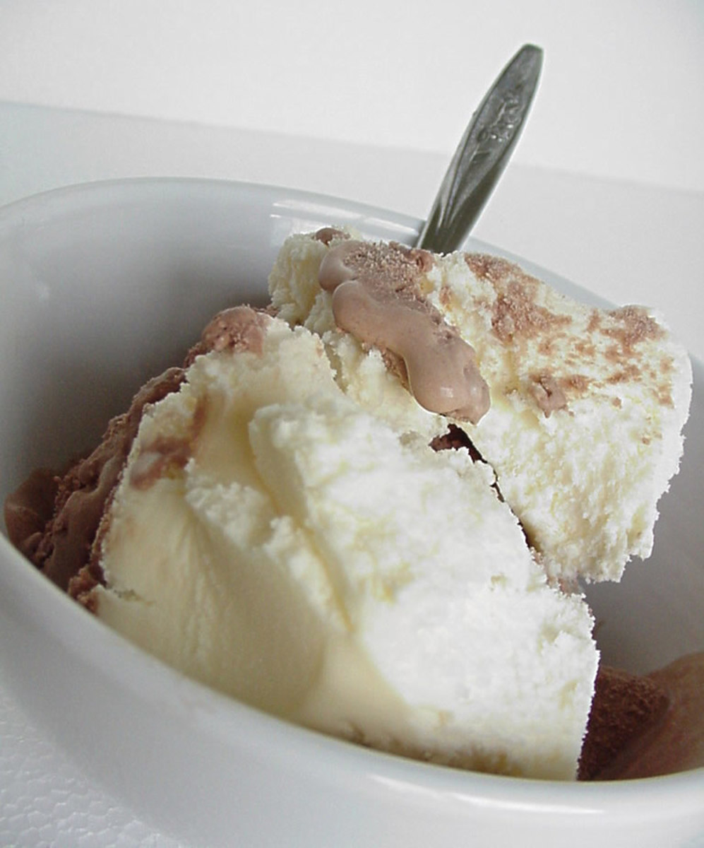 Light Italian Dessert Recipes: Easy And Delicious Homemade Biscuit Tortoni