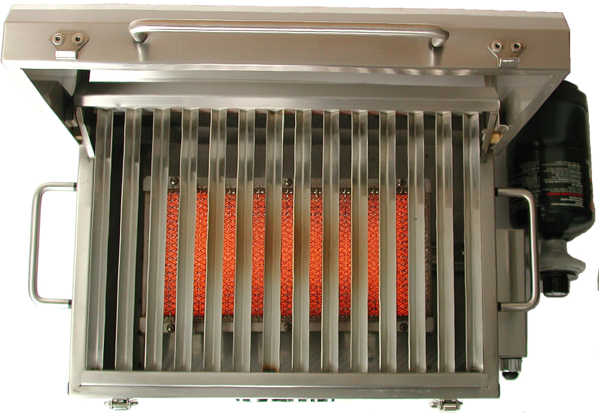 The burner through the grates shows the size of the infrared burner and spaces in the grates.