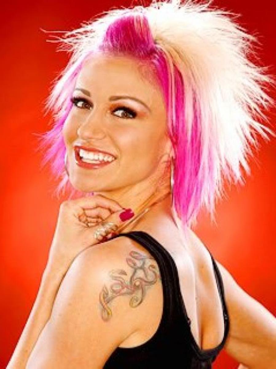 http://media.photobucket.com/image/punk%20hair/HairStyleMaster/272466_f520.jpg?o=49