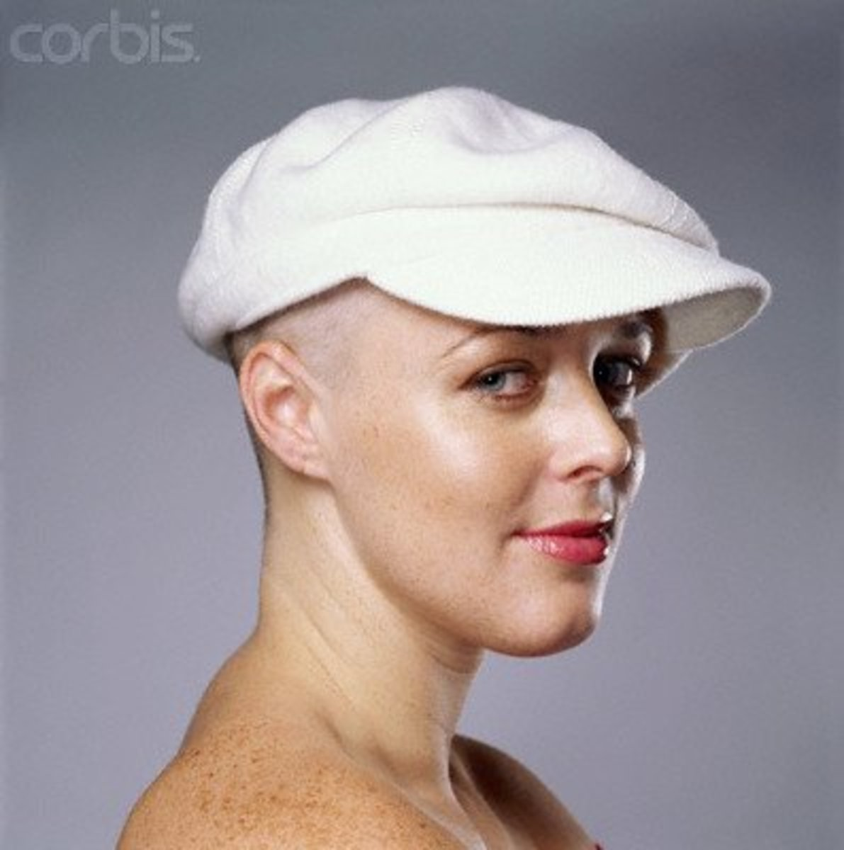 hairstyles-for-bald-women