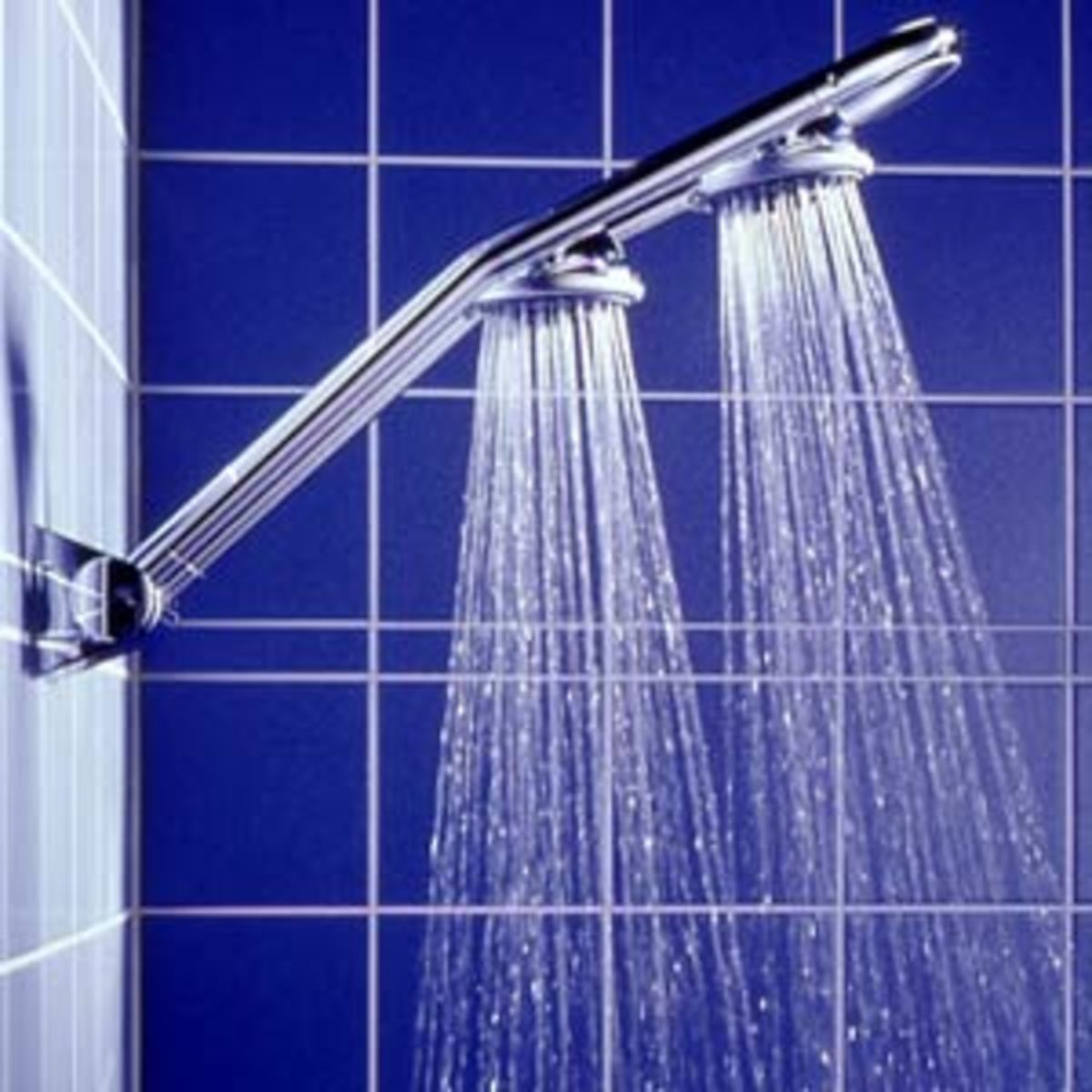 Grohe's Freehander double-head shower system