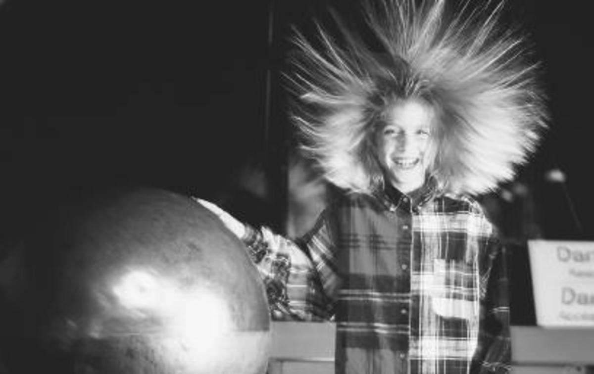 The effects of static electricity in hair
