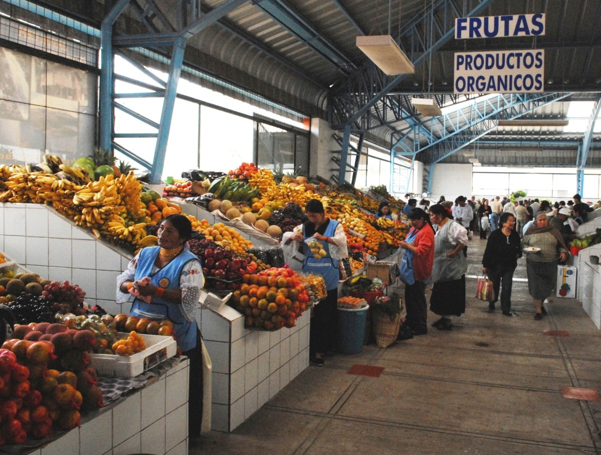 Cotacachi's Produce Market tops any North American super-store display!